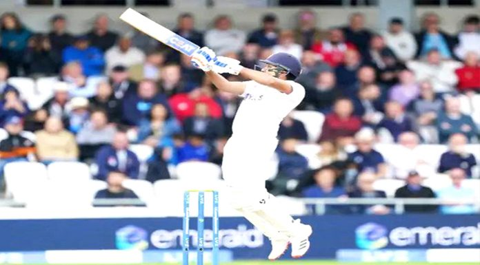 Eng Vs Ind India in weak position Rohit Pujara hold on to the crease